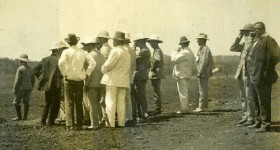 Men. Federal Parliamentary Party Visit 1912 Collection. Northern Territory Library
