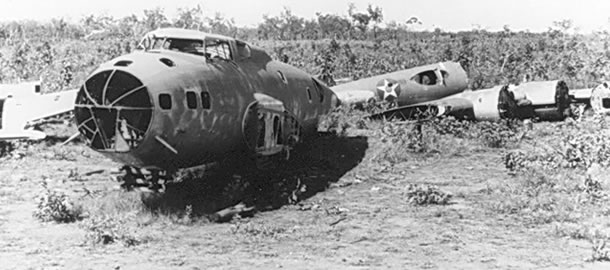 http://batchelormuseum.org.au/wp-content/uploads/2011/10/USAAF-B-17-wrecks-Batchelor_2.jpg